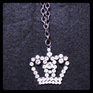 Vintage Sven crown necklace